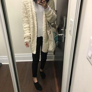 Sweaters - 2/$35 Fluffy Oversized Cardigan